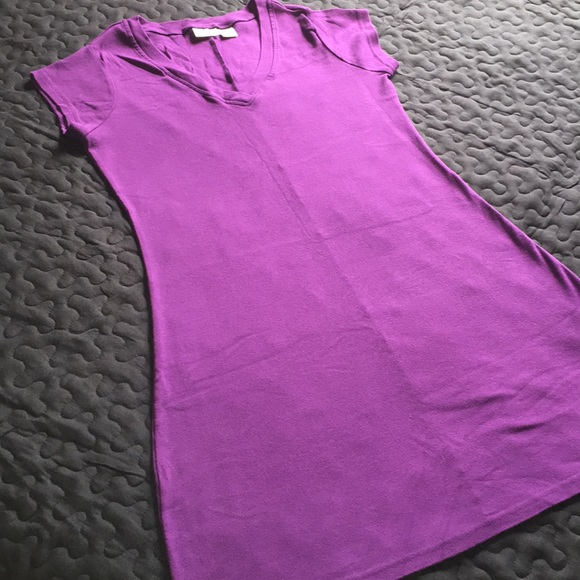 Newport News Dresses & Skirts - NWOT 100 % COTTON FABRIC T-SHIRT DRESS